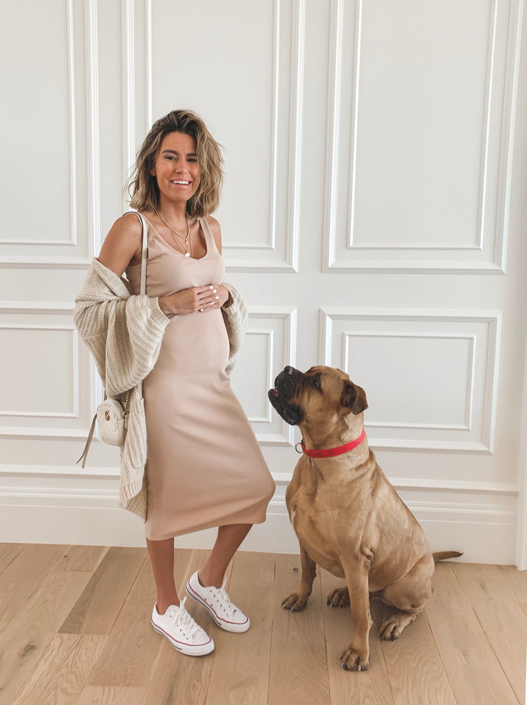 I have been getting a lot of questions about maternity outfits – since the bulk of my pregnancy was Spring/Summer I thought it was perfect timing to share a recap of some of my outfits from my pregnancy last year! I compiled a bunch of outfits of...