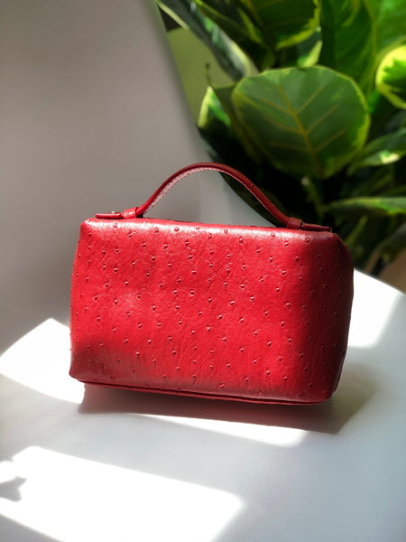 Yakima Clutch in Red