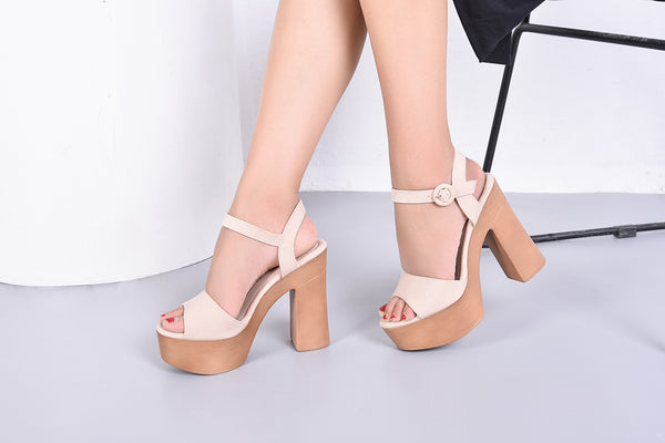 cb12d10d2a3f ... Evoking Chic Styles Ankle Strap Buckle Chunky Heeled Sandals Platform  Sole Shoes for Women Loleta ...