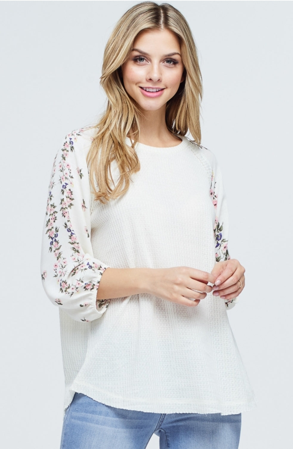 Waffle knit floral sleeve in white