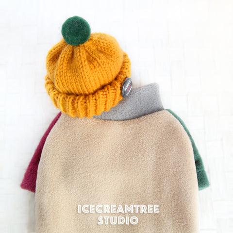 Color Block Fleece Sweater and Beanie Urban Look Outfit - Pet Clothing