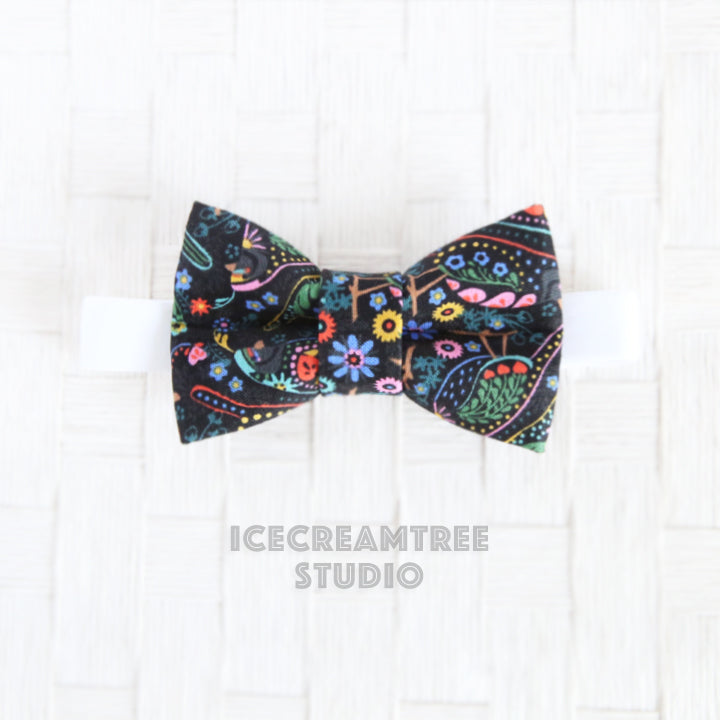Black Bird Garden Bow Tie - Pet Bow Tie