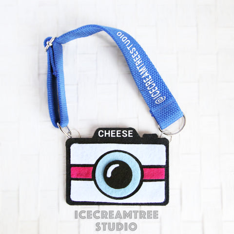 Blue Camera Necklace - Pet Photo Accessories