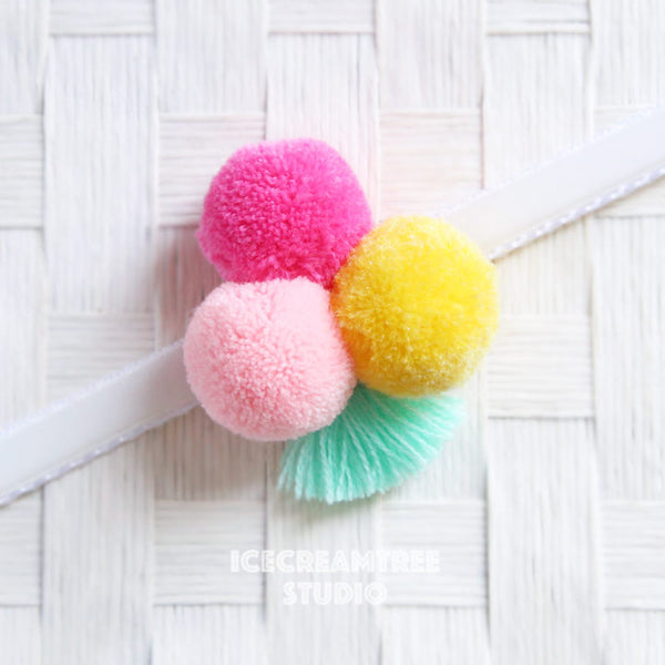 Big Happy Pom Pom with Tassel - Pom Pom Collar Accessory