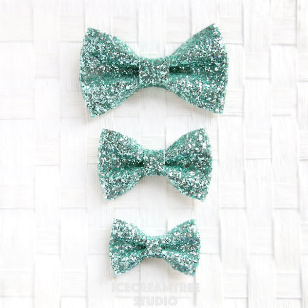 Sparkle Glitter Mint Green Bow - Collar Slide on Bow