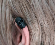 Load image into Gallery viewer, skull earring clip