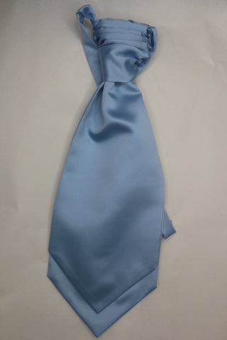 Light blue Ruche Cravat