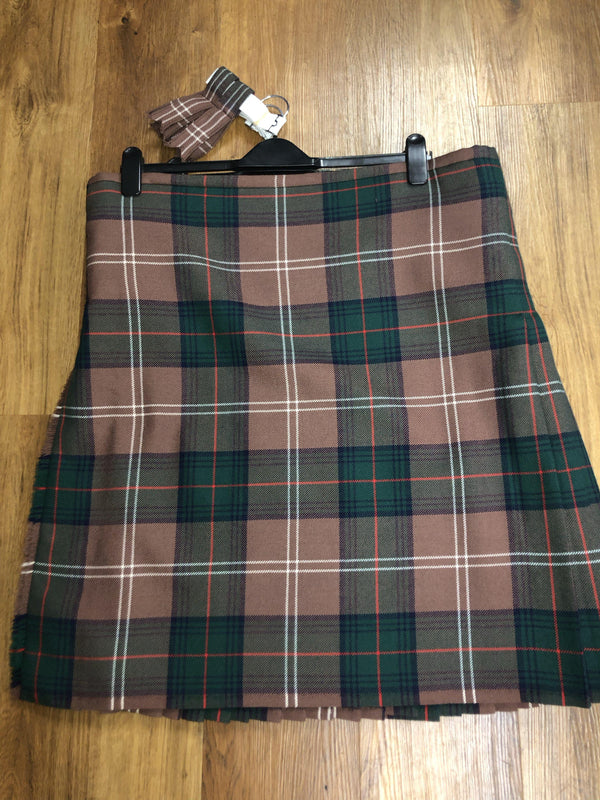 New Modern Hunting Chisholm kilt . 43 waist by 25.5 length