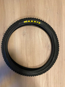 Maxxis Maxx Daddy 20 X 2.0 wire bead tire