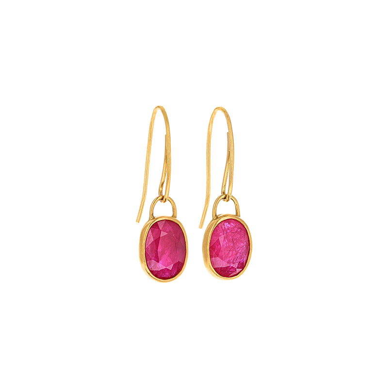 HANGING RUBY EARRINGS