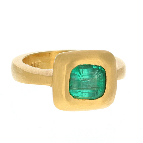 EGYPTIAN STYLE EMERALD RING