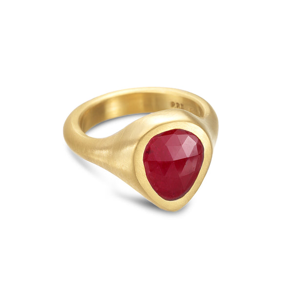 ADOM NESTING RUBY RING