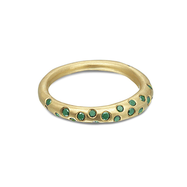 SCATTERED EMERALD RING