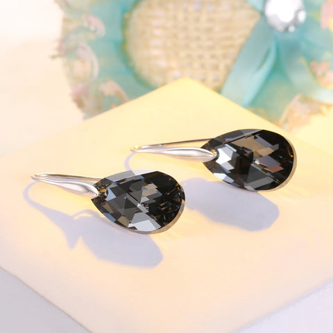 products/2.Black_SWAROVSKI_Crystal_Earrings_For_Women.jpg