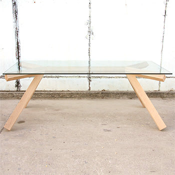 Pagarang Glass Table