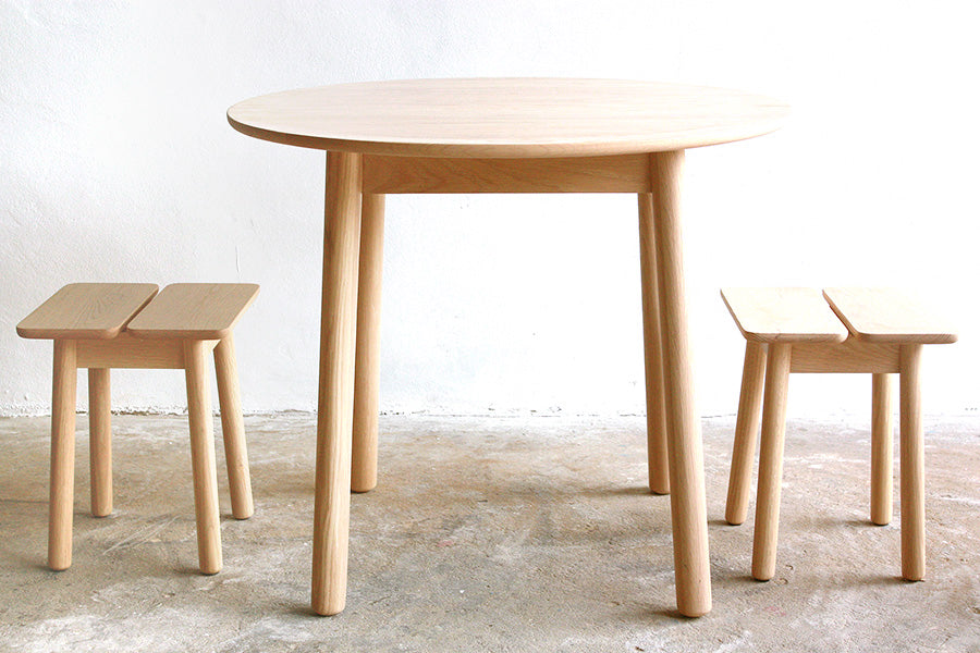 Plong Round Table