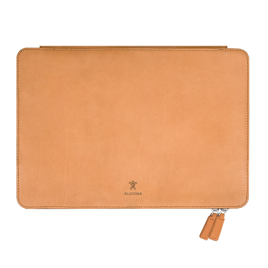 Megaleio Leather Sleeve for 13.3 Inch MacBook Air - Vintage Tan Colour