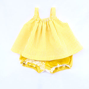 gingham gathered top