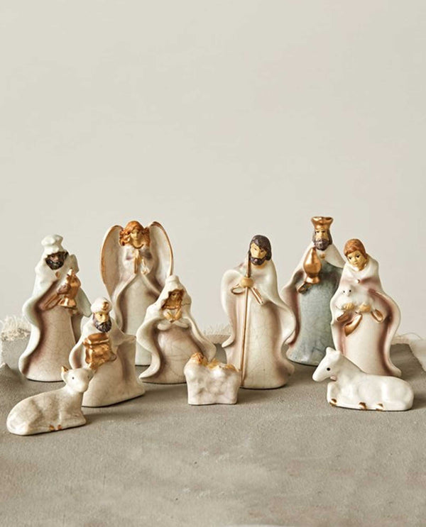 XC2796 Stoneware Crackled Nativity Scene
