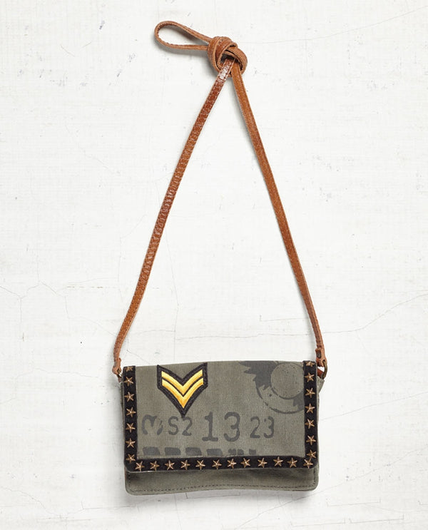 Mona B 4547 Hero Small Crossbody