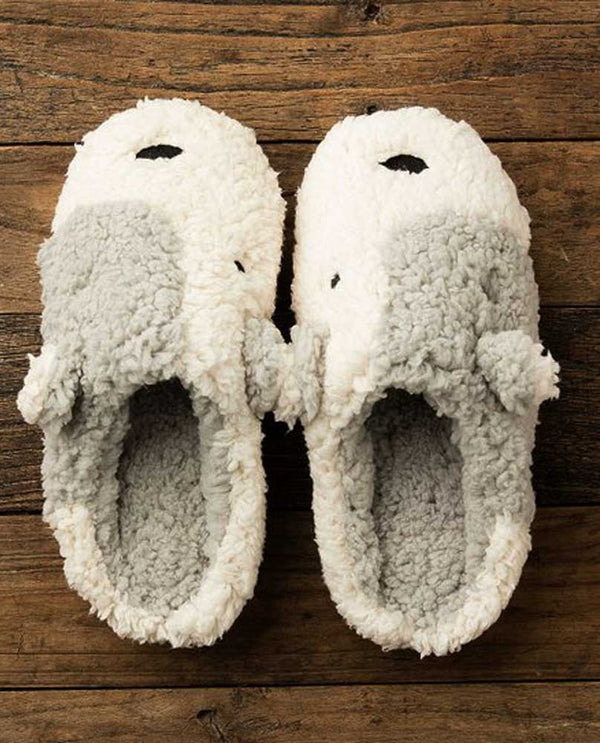 Lemon 9036 Patch Dog Slipper in powder are hand knit soft dog slippers that will keep your feet warm