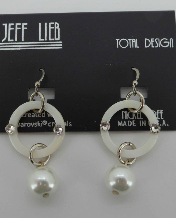 15148 Shell and Pearl Earring