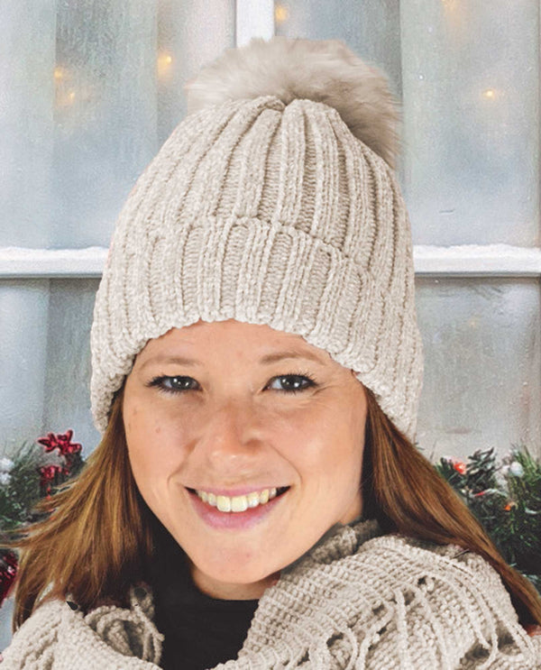 69324 Ivory Chenille Beanie with Faux Fur Pom