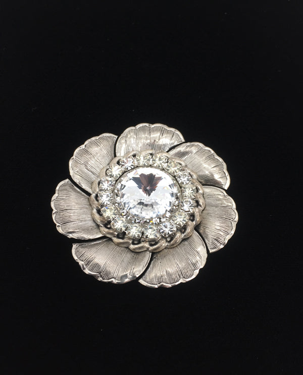 Flower With Roundel Magnetic Brooch