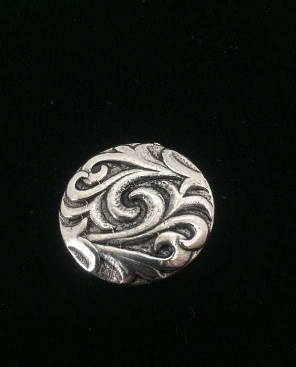 Vintage Scroll Magnetic Brooch Silver