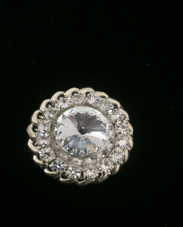 Roundel Two-Tone Magnetic Brooch Clear