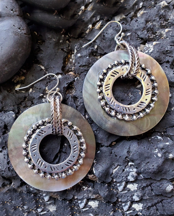 Treska CLP6261 Shell Ring Drop Earring