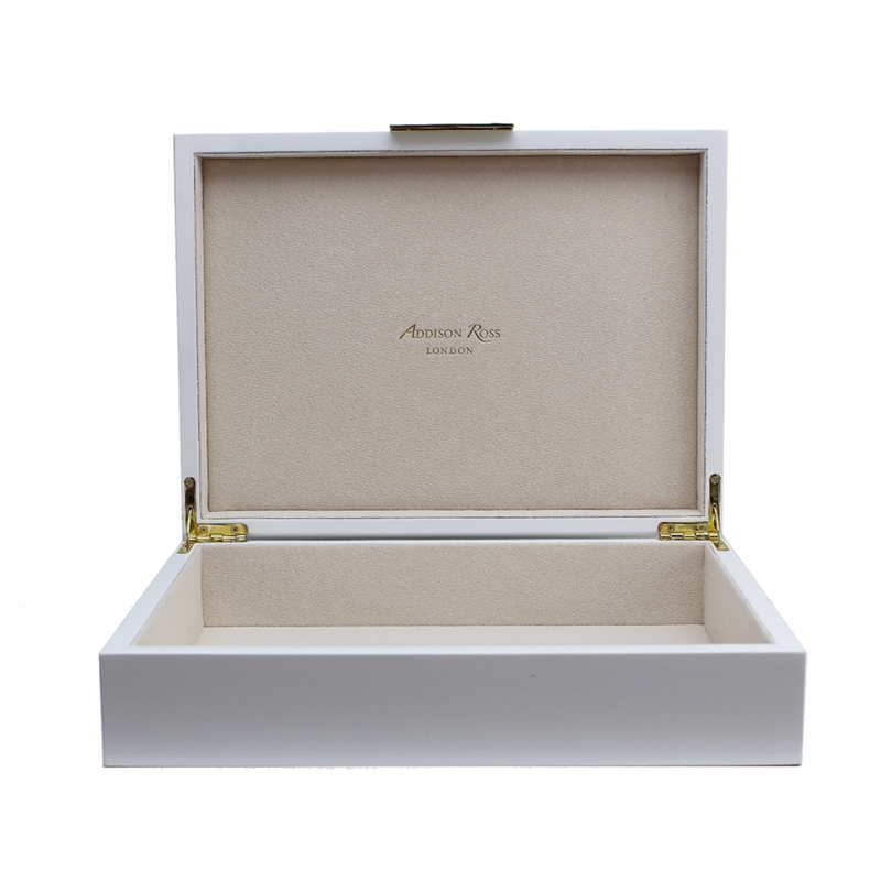 Large White Lacquered Box in white and Gold
