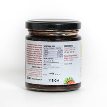 Load image into Gallery viewer, Strawberry Preserve with Kerala Vanilla