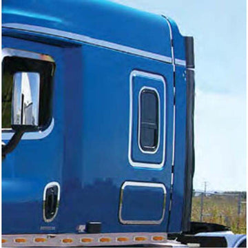 Freightliner Cascadia Sleeper Door Trim
