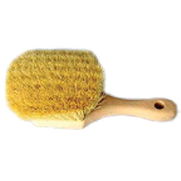 8 Inch Tampico Fender Brush