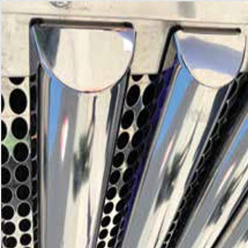 Peterbilt 33 1/2 Inch Vertical Half Moon Grille Bar