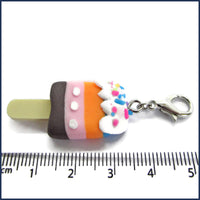 ice lolly clip-on stitch marker charm with ruler