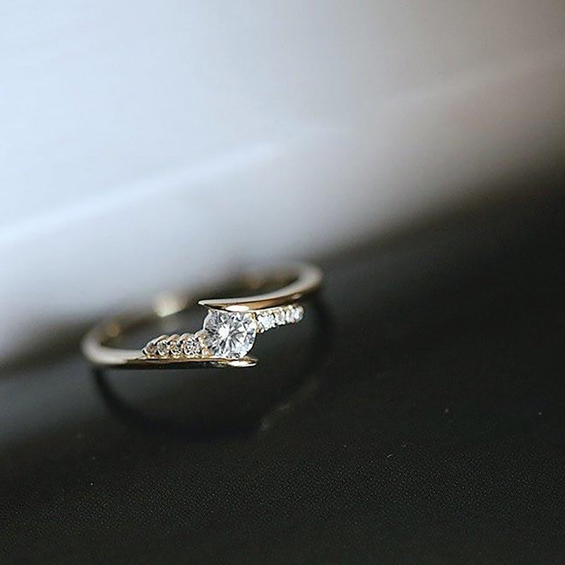 Cute Trending Simple Minimalist Fashion Ring Promise Engagement Wedding Rings - www.Jewolite.com #rings Edit alt text