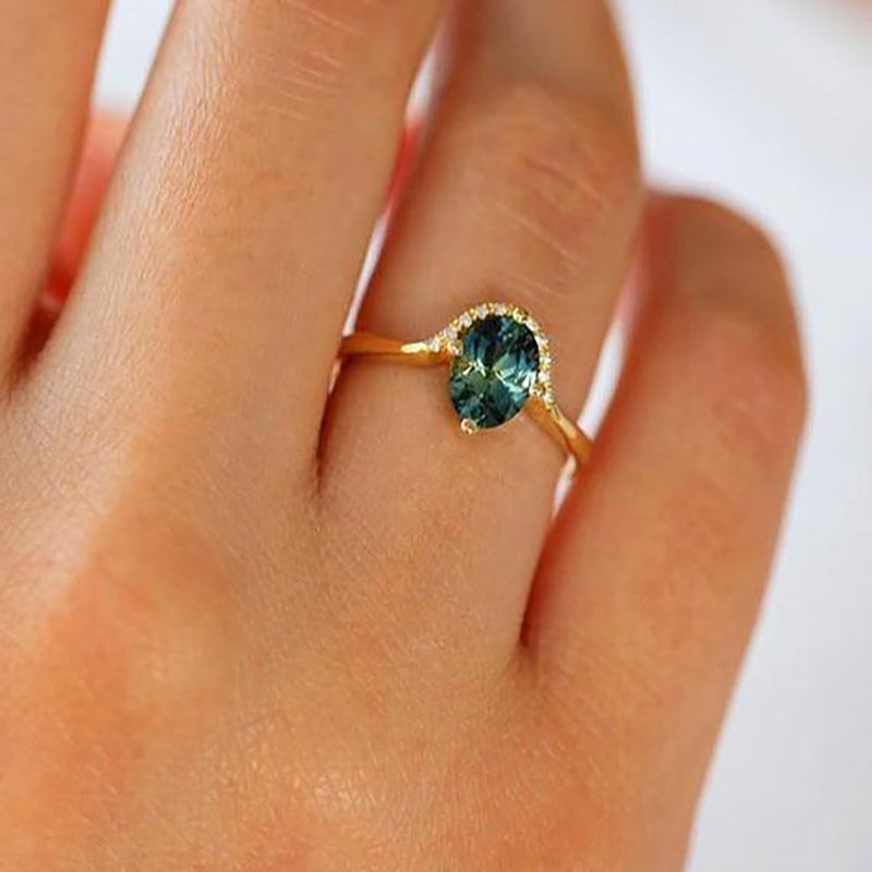 Jaylen Beautiful Oval Green Unique Gold Ring