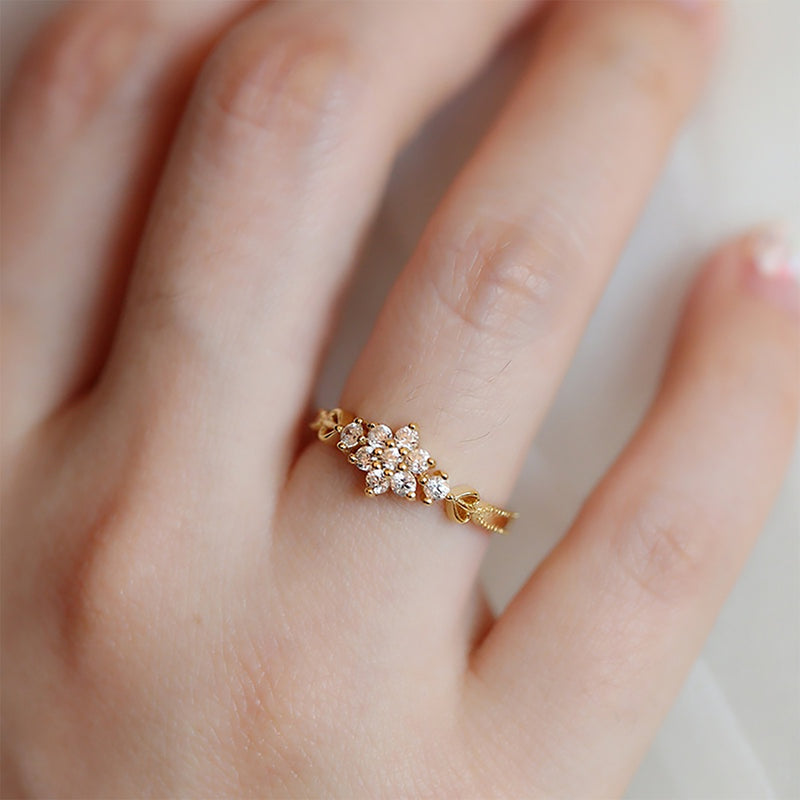 Cute Simple Vintage Flower Gold Promise Graduation Wedding Engagement Ring Women Fashion Jewelry - www.Jewolite.com #rings