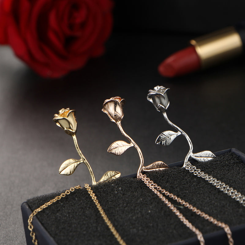 Beautiful Simple Rose Pendant Necklace Cute Flower Choker with Women in Silver, Rose Gold lindo collar rosa simple (www.Jewolite.com) #necklace
