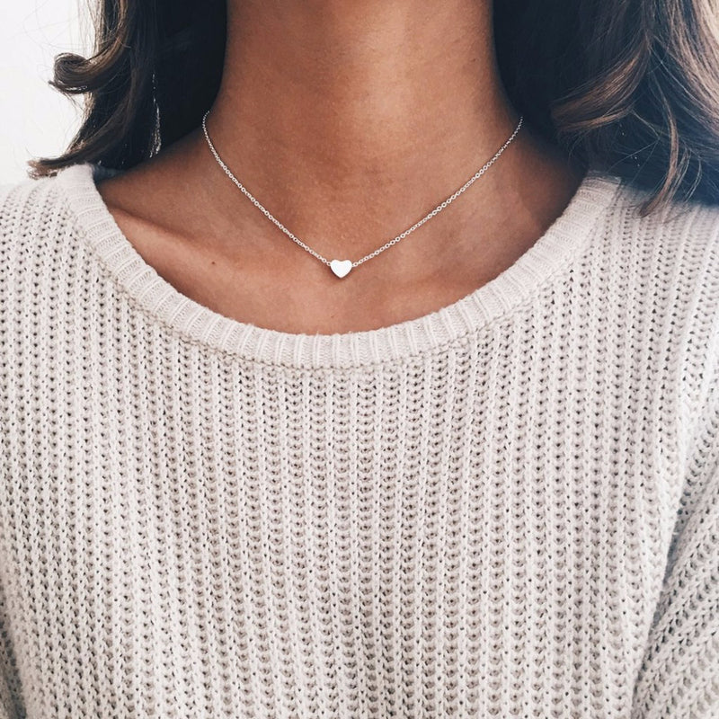 Simple Dainty Heart Necklace for Women - Pendant Fashion Jewelry Choker in Gold / Silver - collar gargantilla corazón delicado - www.Jewolite.com #necklace