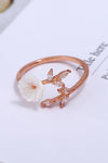 Cute Simple Unique White Flower Rose Gold Ring Fashion Jewelry for Women for Teen Girls -  lindo anillo de flores - www.Jewolite.com #rings