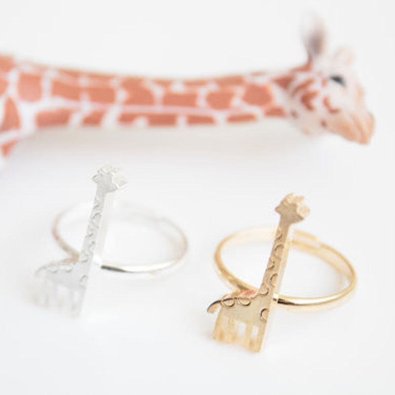 Cute Statement Giraffe Ring - Metal Minimalist Unique Cool Animal Rings Fashion Jewelry - lindo anillo de jirafa -  www.Jewolite.com #rings