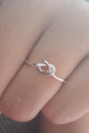 Cute Simple Knot Twist Dainty Ring Fashion Jewelry for Women - lindo anillo de plata para mujer - www.Jewolite.com #rings