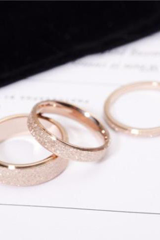 Cute Simple Frosted Gold Band Ring Fashion Jewelry for Women -  lindo anillo de oro - www.Jewolite.com