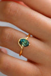 Cute Green Emerald Crystal Halo Halo Gold Ring Fashion Jewelry for Women - anillo de esmeralda - www.Jewolite.com #rings
