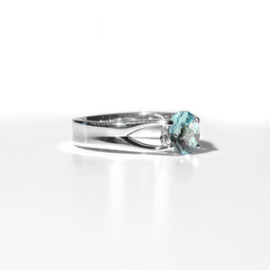 Brillante Ring Swiss Blue Topaz side view Sterling Hannah Daye & Co