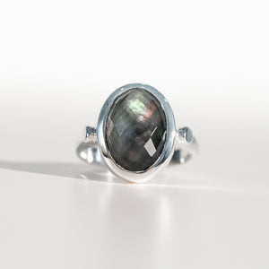 Sabine Ring Black Mother of Pearl in sterling silver Hannah Daye & Co