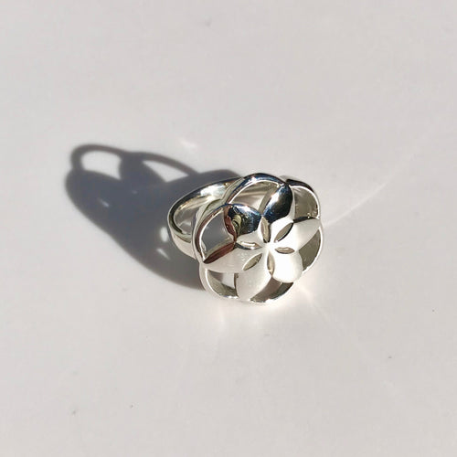 Rosette Ring with shadow Hannah Daye &  Co